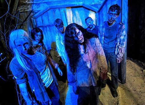 film baru walking dead movie park germany