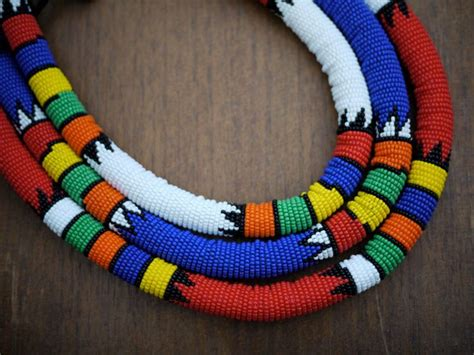 Handmade In Africa - traditional beaded zulu necklace handmade in south africa