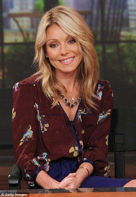 kelly ripa among tvs disposable women after michael 17 best images about kelly dresses from her show on