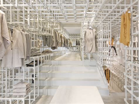 design clothes amsterdam stills flagship store by doepel strijkers architects