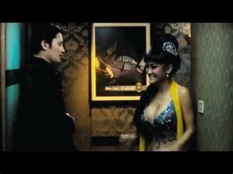 film horor indonesia terbaru arwah goyang karawang film indonesia terbaru bioskop 2013 film julia perez dan