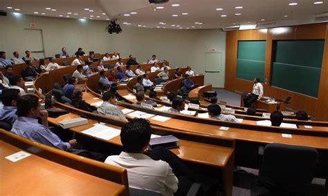 Ipade Business School Mba by Mba De Ipade El Mejor De Latinoam 233 Rica Financial Times