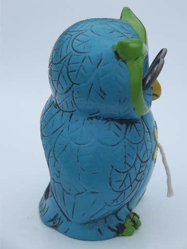 Owl String - retro 70s wise owl w glasses string scissors holder