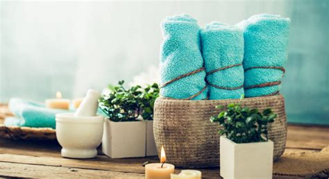 bathroom towel arrangements 5 ways to arrange towels to turn your guest bathroom into