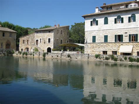 bagno vignoni agriturismo italian farmstay agriturismo in tuscany routes