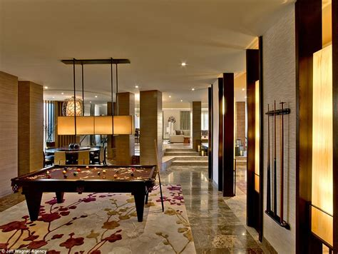 mayweather house inside mayweather v pacquiao inside the 50 000 a hotel