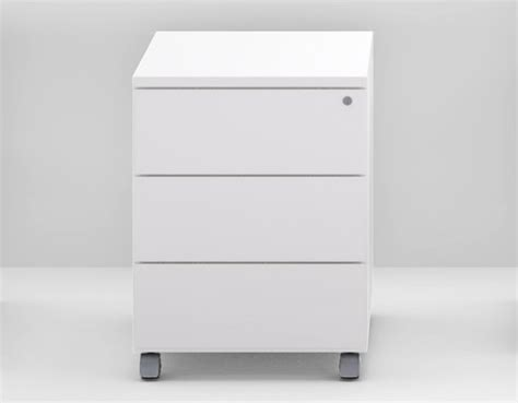 Drawer Units For Office by Kbox Office Drawer Unit By Tecnitalia