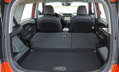 Cargo Space Kia Soul 2017 Kia Soul Cargo Space And Storage Review Car And