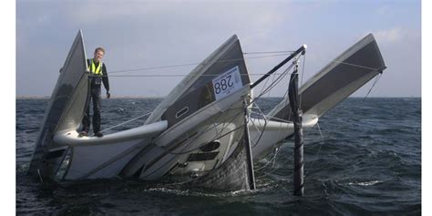 trimaran capsize danish sailor rescued after capsize in dragonfly 28