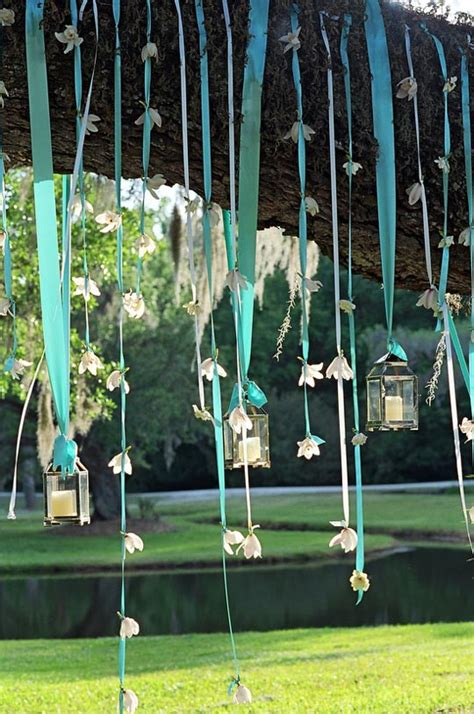 Garden Decoration Hanging by 10 Hanging Decor Ideas For A Dreamy Garden Eatwell101