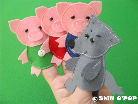 the three pigs puppet templates the three pigs felt finger puppet toys pdf pattern