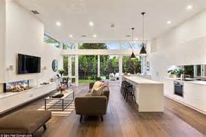 Kitchen And Living Room Spaces Sam Wood And Snezana Markoski Of The Bachelor S Melbourne
