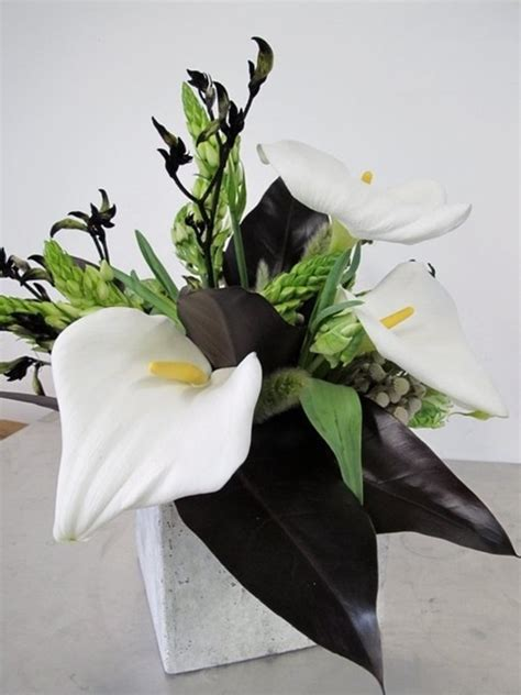 Vases Wedding Centerpieces 46 Cool Black And White Wedding Centerpieces Happywedd Com