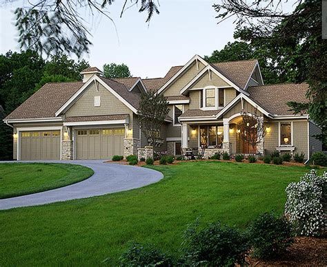 southern traditional house plans country craftsman styled custom home with 4516 square feet