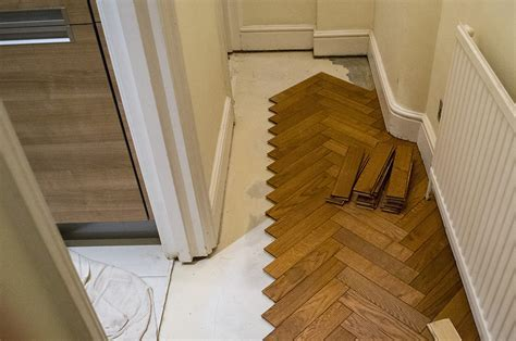 3 Oak News   Installation of Parquet Oak Flooring in