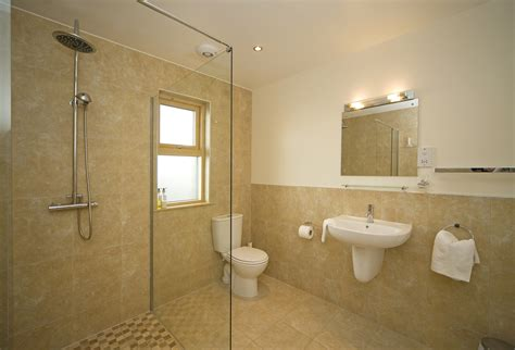 Pavillon Naiku bathroom ensuite definition staggering ensuite