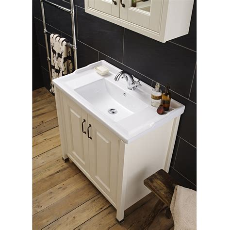 Traditional Bathroom Vanity Units Uk by Alverton Traditional Vanity Unit With Basin
