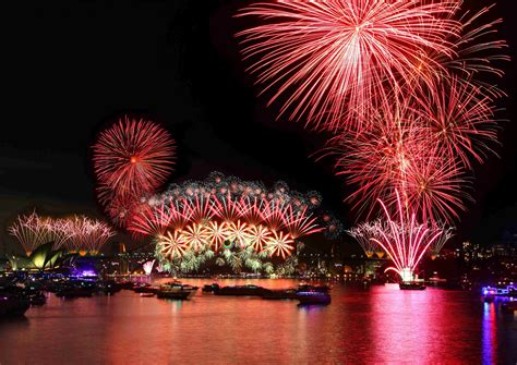 new year s predictions welcome the new year with the most extravagant fireworks