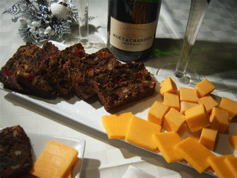 Chefs Table Winter Garden Fruitcake Amp Cheese For New Year S Eve Williams Sonoma Taste