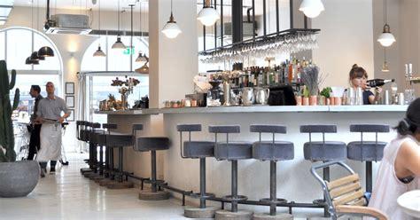 bar restaurant design   chiswick fire