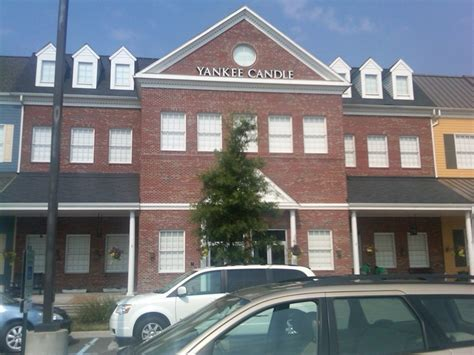 Yankee Candle Factory Williamsburg Hours by Pin By Ochs On I Need To Get Here