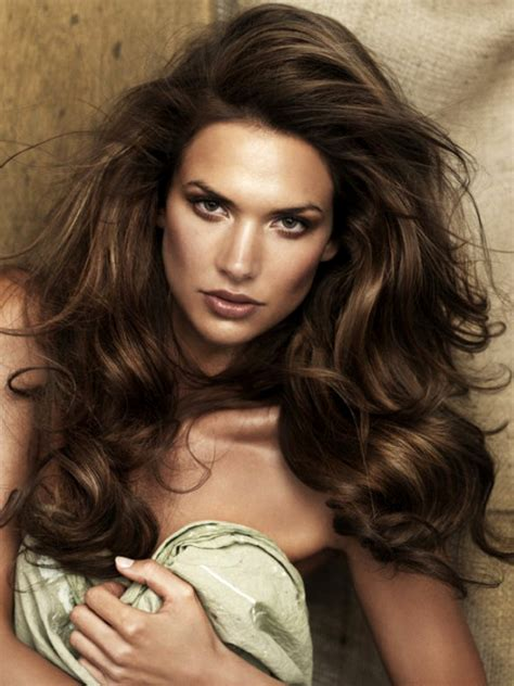 full volume hair pictures date hairstyles sexy and romantic voluminous