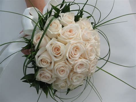 wedding flowers premium flowers the meaning of different wedding flowers