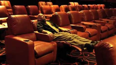 recliner movie theater las vegas stylish worlds most comfortable movie theater features