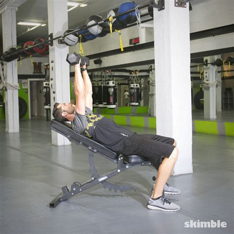 how to do incline bench press incline dumbbell bench press exercise how to workout