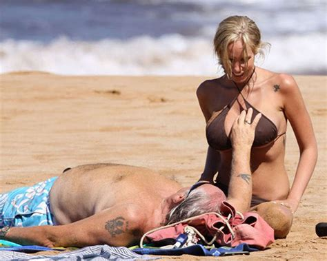 Jenna Bentley Exposing Fucking Sexy Body And Huge Boobs On Beach Pichunter