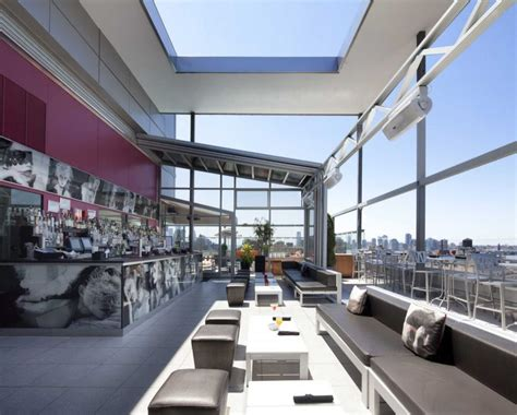 Roof Top Bar In Nyc by Nyc Hotel Rooftops Open To The Am New York