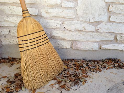 Floor And Decor Address by Brooms 101 What You Need To Know About These Tried And