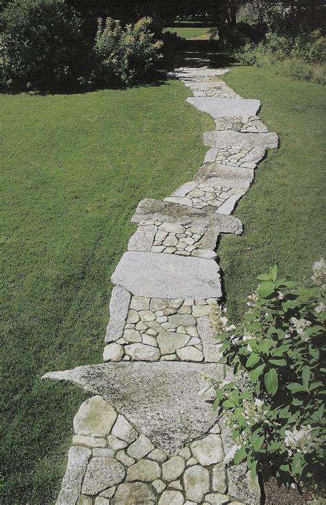 rock pathways 25 best ideas about stone walkways on pinterest