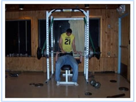 bench press spotter how to be a good bench press spotter