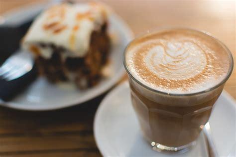White Coffee Isi 20 foto gratis caf 233 blanco plana bebidas beber imagen gratis en pixabay 993268
