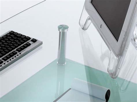 scrivanie in vetro e acciaio tavolo scrivania da ufficio bertram in vetro e acciaio 145 cm