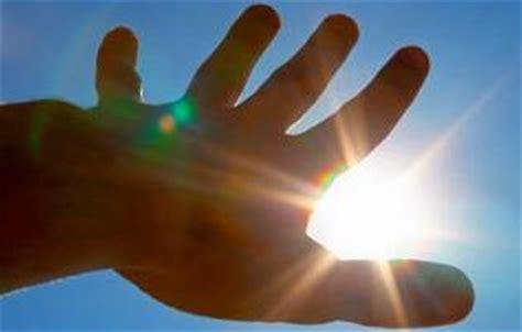 best glasses for light sensitive light sensitivity photophobia causes symptoms and