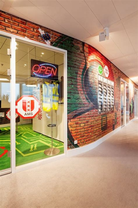 google office tour virtual tour of google s new offices in amsterdam by d
