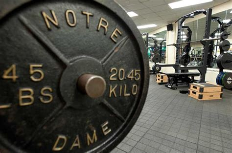 notre dame football weight room image gallery notre dame weight room