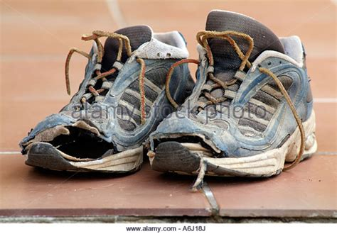 when are running shoes worn out worn out shoes shoes for yourstyles