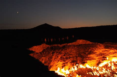 pit turkmenistan this hellish desert pit has been on for more than 40