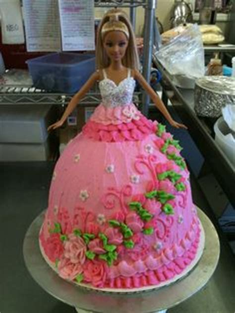 haunted quinceanera doll 1000 images about doll cakes on cake