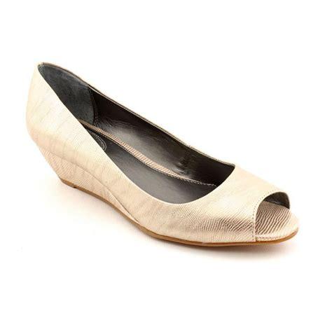 alfani shoes womens alfani alfani cammi womens peep toe faux leather gold