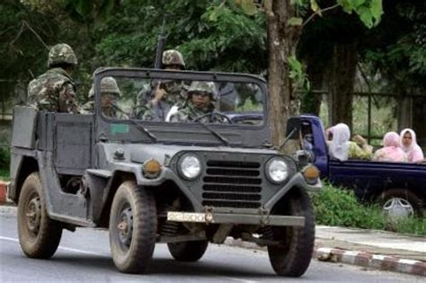 Jeep Thailand Octobre 2004 Informations Actualites Armees Militaires