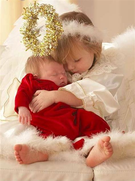 sweet  angel hugs baby sister photo ariel skelley  corbis images fantasias de