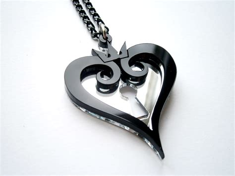 kingdom hearts hearts emblem necklace inspiring jewelry