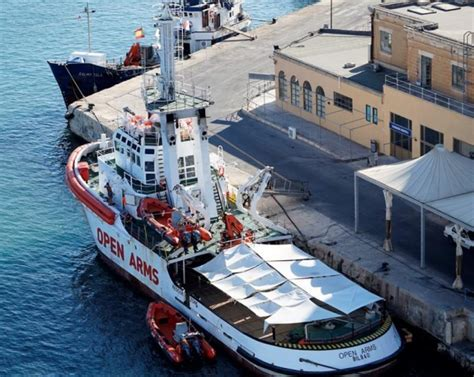 to dock a boat in spanish spanish ngo boat looking for safe dock after saving 60
