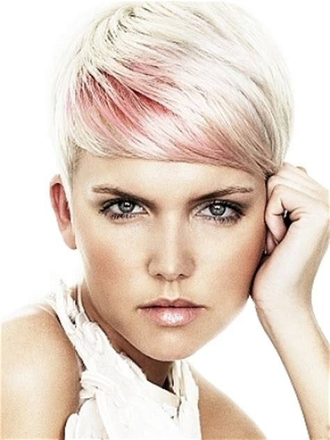 pink platinum blond streaks on short hair blonde hair color shades for 2011