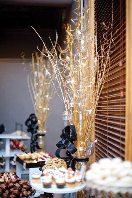 Tall Gold Centerpieces Perfectly Complemented The City Gold Centerpiece Ideas