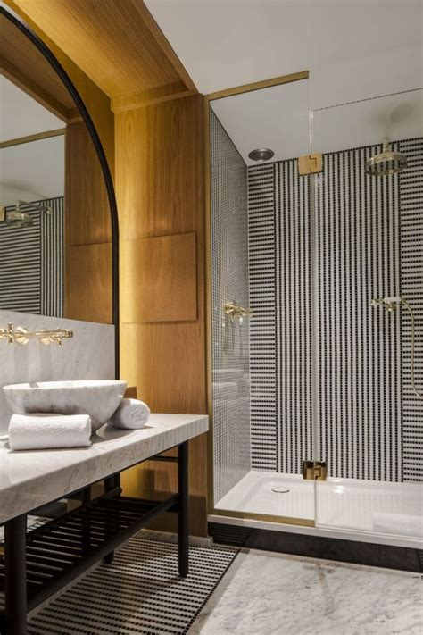 bathroom biza 25 best ideas about luxury hotel bathroom on pinterest